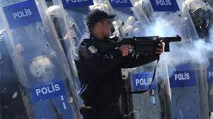 Protesters in Istanbul attacked by Police