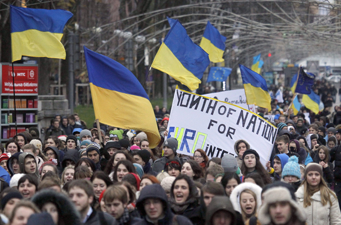 Ukraine: Whats going on Behind Closed Doors