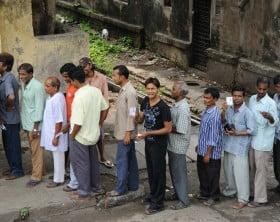 Queues_of_Indian_voters_-_Flickr_-_Al_Jazeera_English