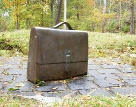 1017px-Raoul_Wallenberg_briefcase_2009