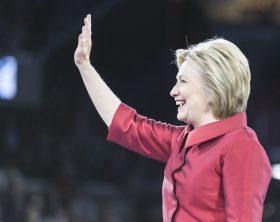 hillary_clinton_aipac_2016_waving