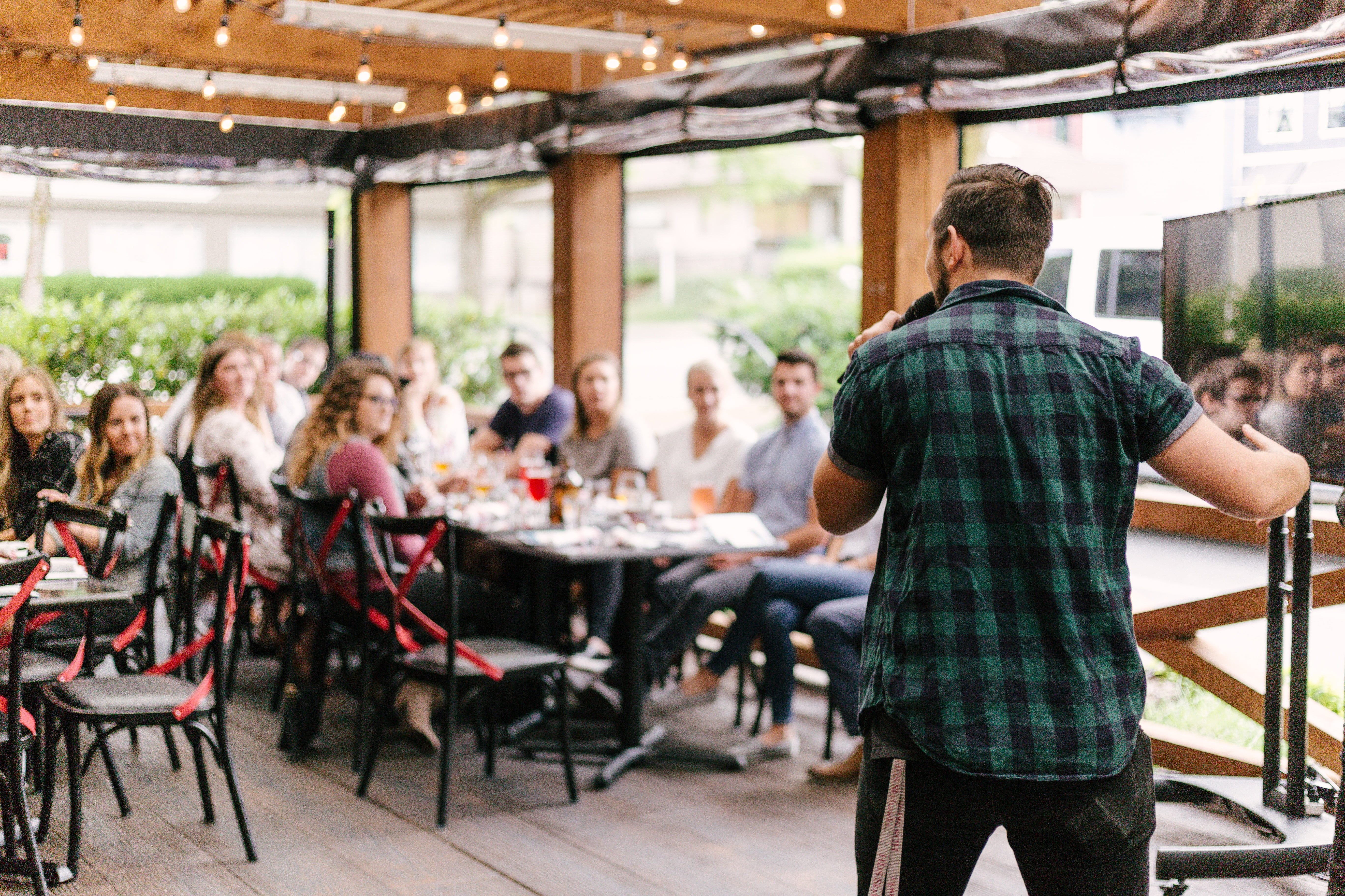 7 Simple Steps To Hosting A Successful Event