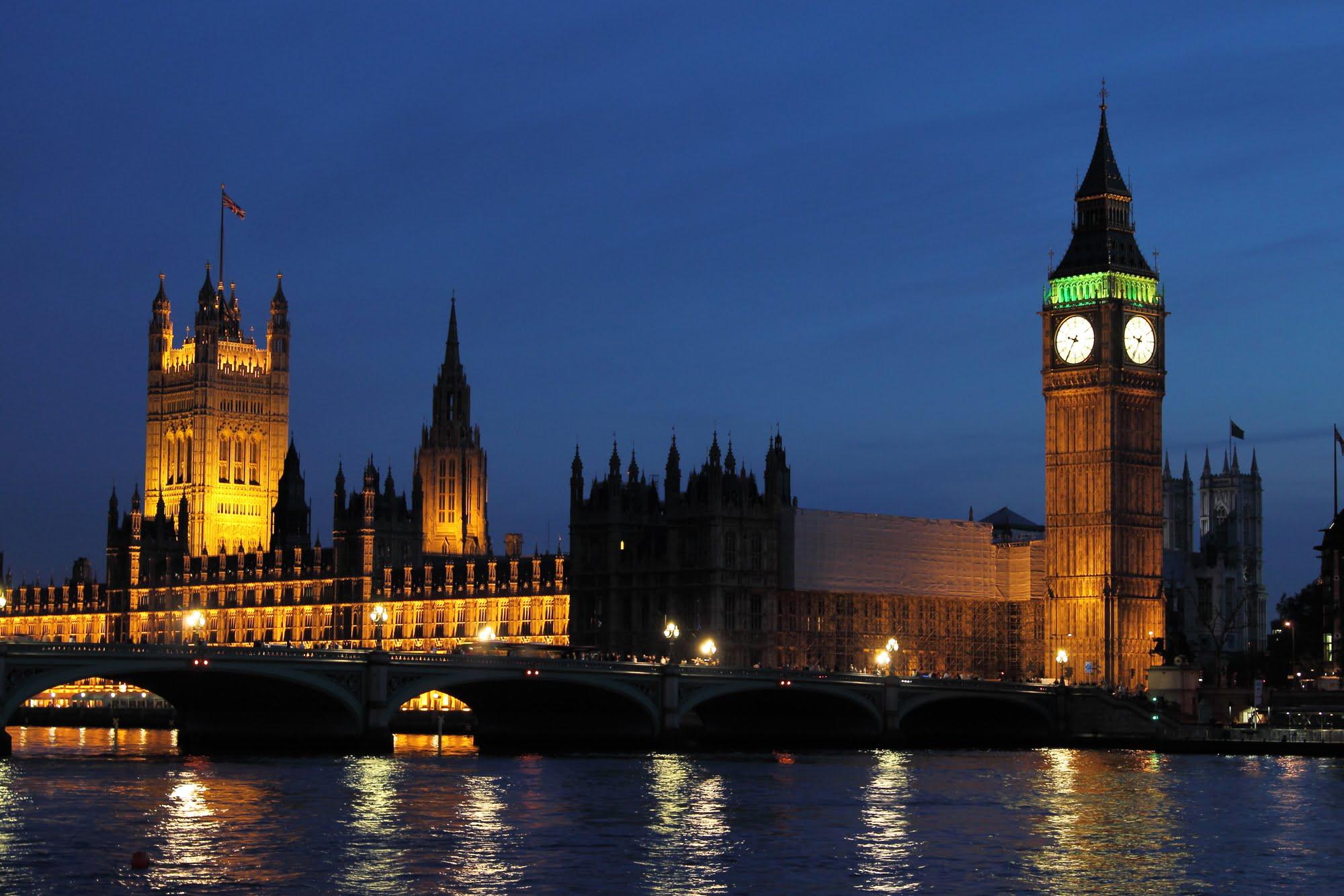 Death to Democracy: Johnson suspends Parliament to win No