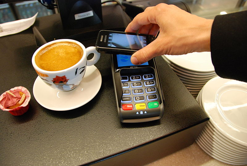 The Non-physical World: Living In A Cashless Society